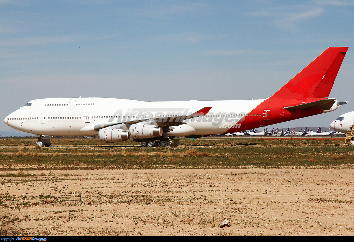 Boeing 747-438 - Large Preview - AirTeamImages.com