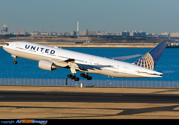 United Airlines Reports Second-Quarter 2018 Performance