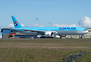 Korean Air's latest Boeing 777 taxing out on her delivery flight to Se...