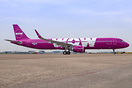 Latest addition for WOW Air - Still wearing AIB registration after a p...