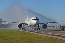 American Airlines A320 N118US receives the water cannon salute from th...