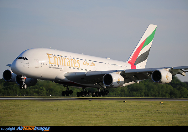 Airbus A380-842