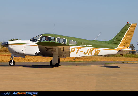 PA-28R-200 Cherokee Arrow II