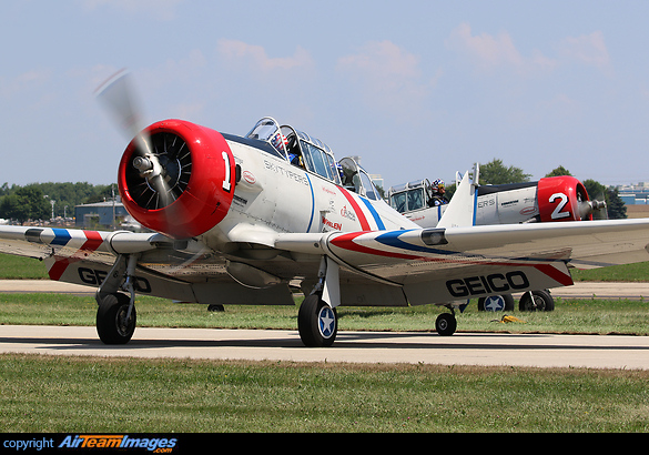 North American SNJ-2 Texan