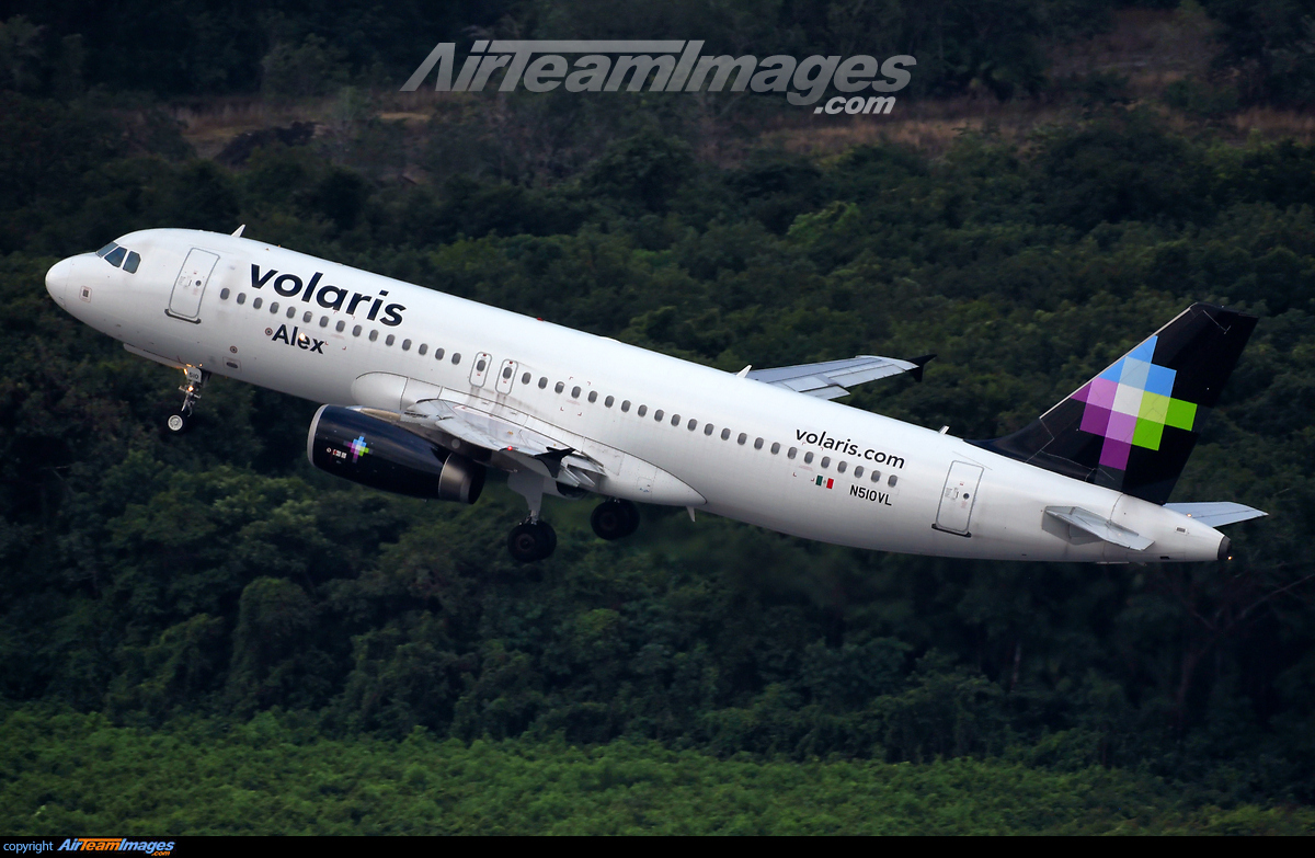 Airbus A320-232 - Large Preview - AirTeamImages com