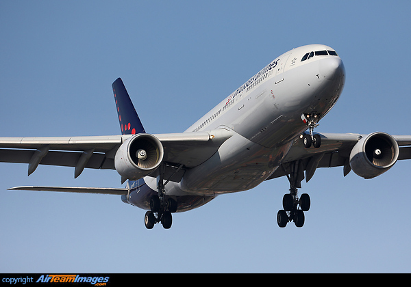 Airbus A320-223