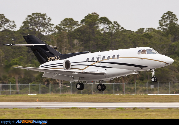 Hawker Beechcraft Hawker 1000