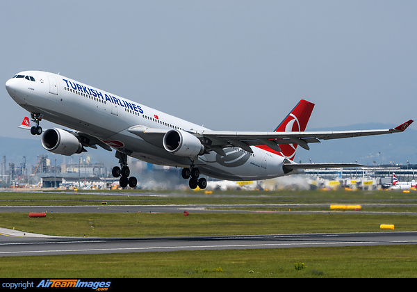 Airbus A330-303