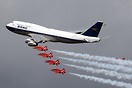 Red Arrows & Boeing 747-436