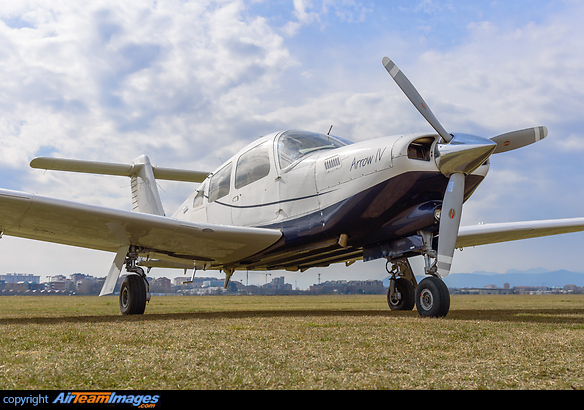 Piper PA-28-RT-201 Arrow IV