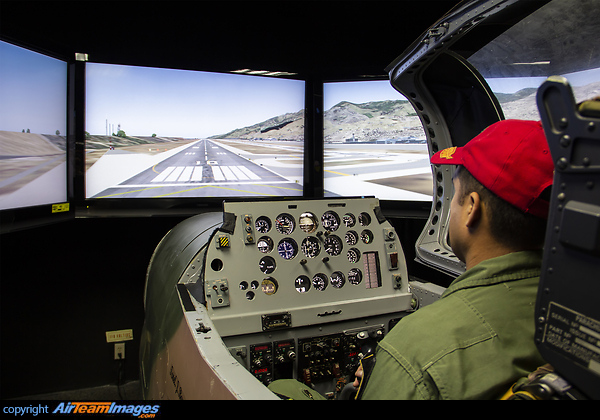 T-27 Tucano Flight Simulator