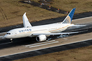 United Airlines Boeing 787-8 Dreamliner N26910