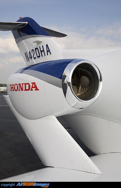 Honda HA-420 HondaJet (N420HA) Aircraft Pictures & Photos - AirTeamImages.com