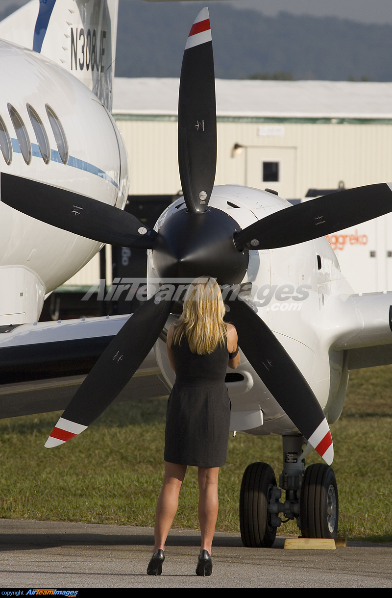 jet engine with British Aerospace Jetstream 41 N308ue  Private 56698 Large on Aero L 29 Delf C3 ADn likewise 10  20B36 20Turbine 20Engine  20Franklin 20Mtns  20March 202006 moreover 2014monthlyreleaseposters further Jet Engine NfHbXQiYvWydO besides MiG 15.