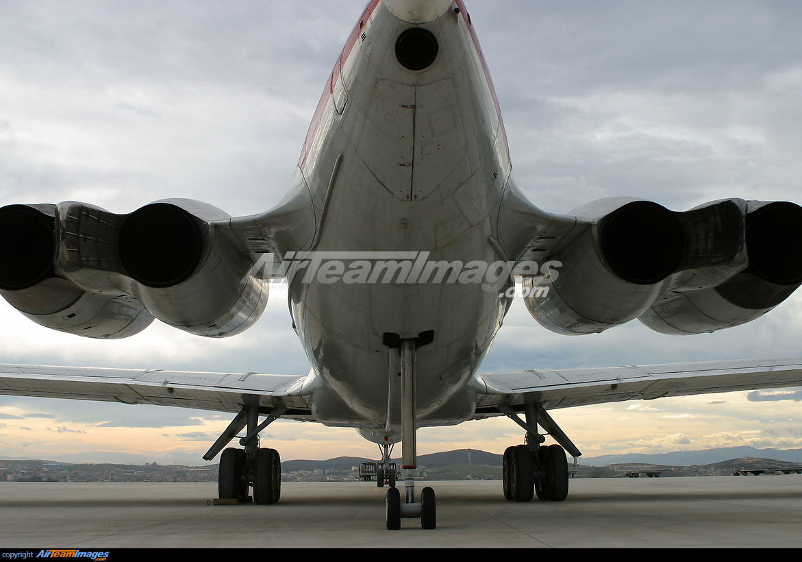 Ilyushin - IL-62 - Large Preview - AirTeamImages.com