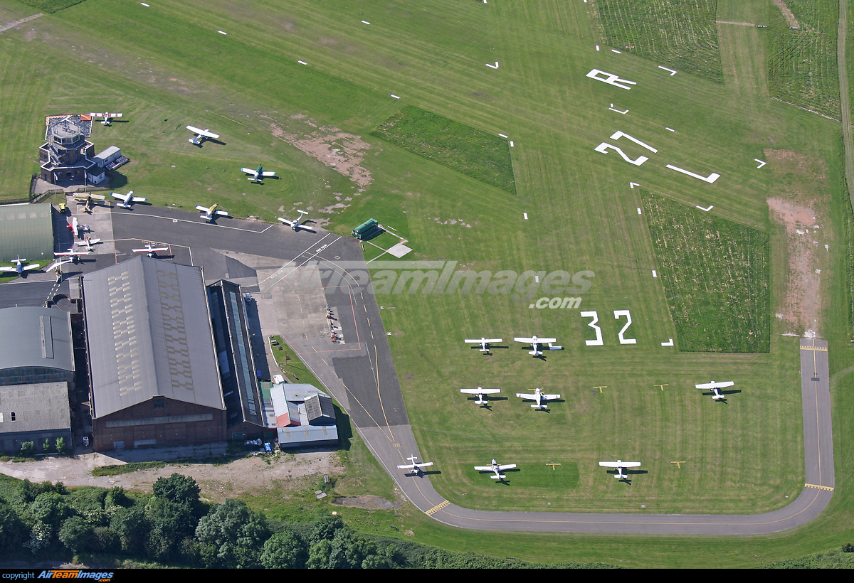Manchester Barton Airfield - Large Preview - AirTeamImages.com