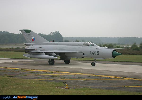 MiG-21 MFN (Eduard 1/48) 9786_800